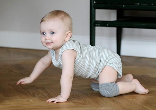 GoBabyGo Baby Knieschoner Krabbelhilfe